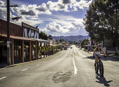 Welcome to Lantern Court Motel, Reefton, West Coast<